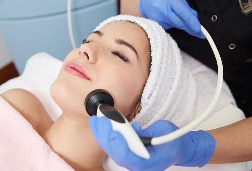 Hydra-facial Cilt Bakımı